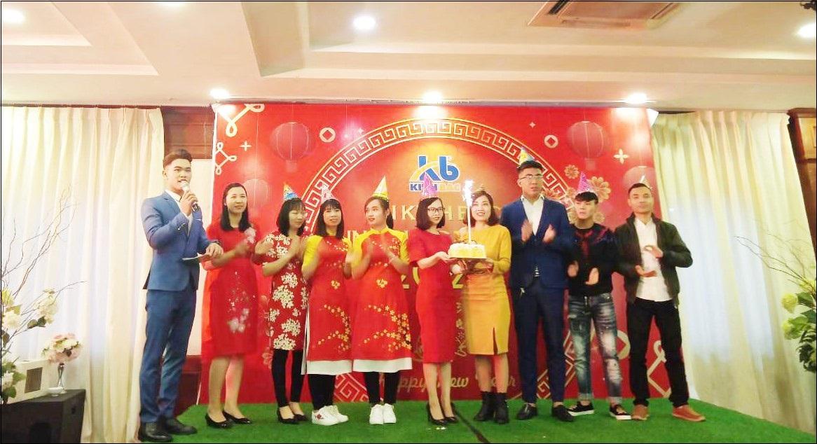 Tổ chức tiệc sinh nhật cho cán bộ công nhân viên - Nét đẹp trong văn hóa doanh nghiệp của In Kinh Bắc